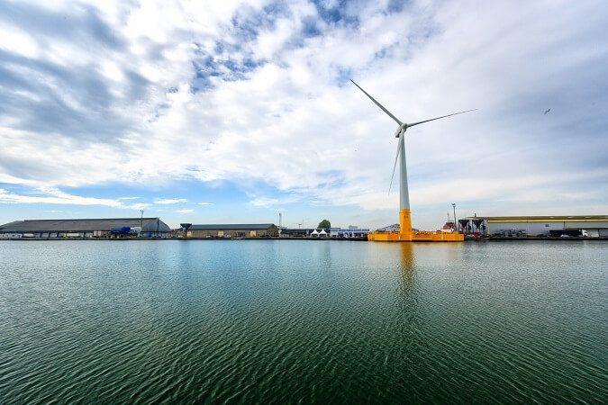 VERTIC securise la premiere eolienne flottante de France-web